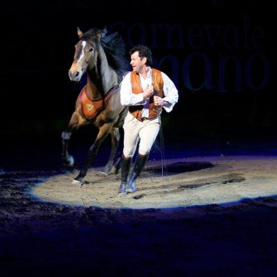 2010_spettacolo_2_i_cavalli_di_roma_34